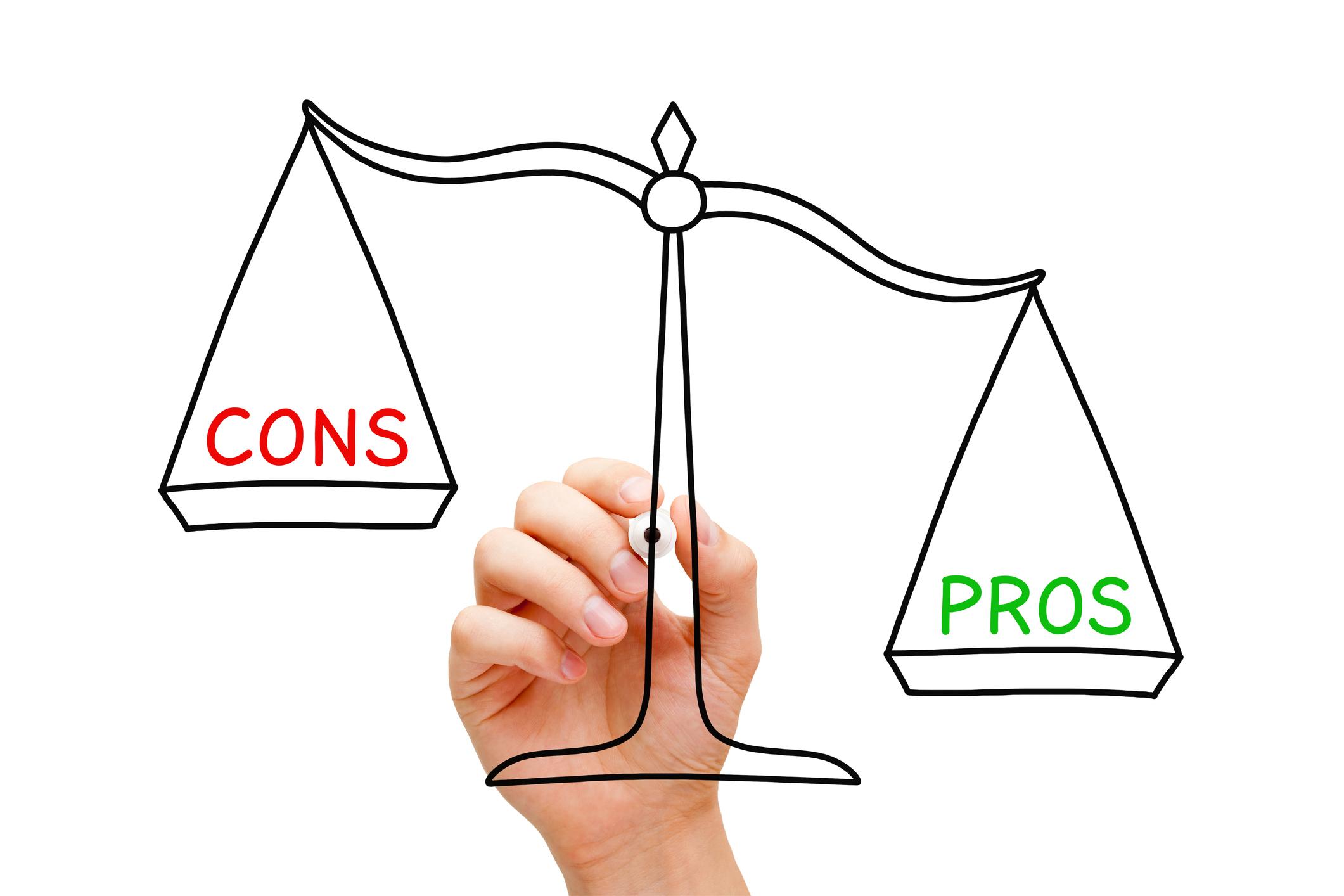 Pros Cons Scale Concept